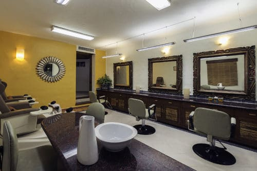 Desire Pearl | Beauty Parlor