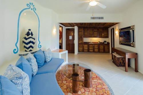 Desire Pearl | Master Suite Living