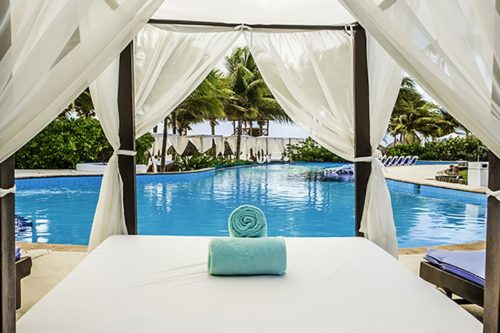 Desire Pearl | Pool Lounge Beds