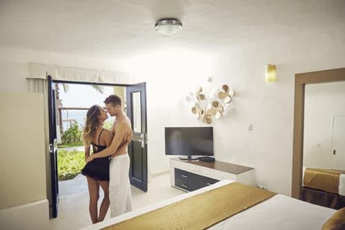 Desire Riviera Maya | Deluxe Room Romantic Couple