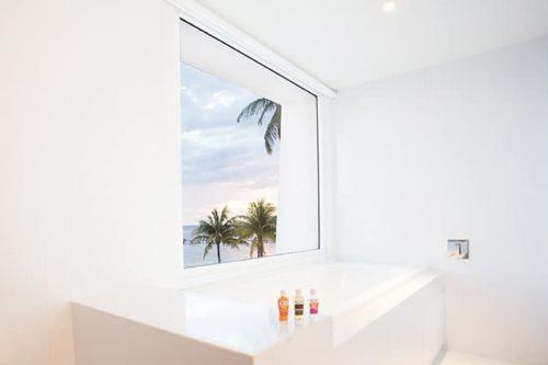 Temptation Cancun Resort | Seduction Beachfront Suite Bathtube