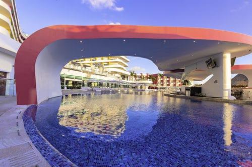 Temptation Cancun Resort | Sexy Pool