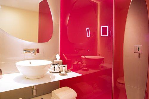 Temptation Cancun Resort | Trendy Garden Room Bathroom