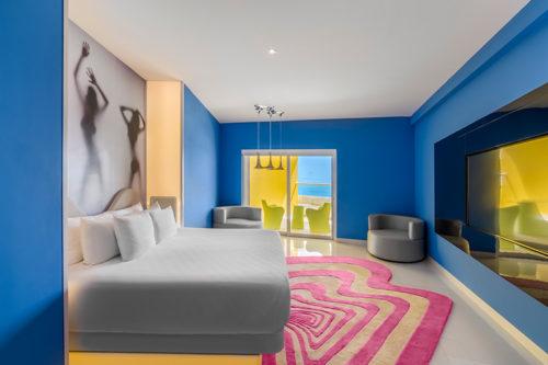 Lush Tower Ocean Front Suite