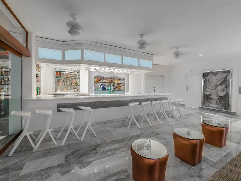 Desire Riviera Maya Pearl Resort | Agave Lobby Bar
