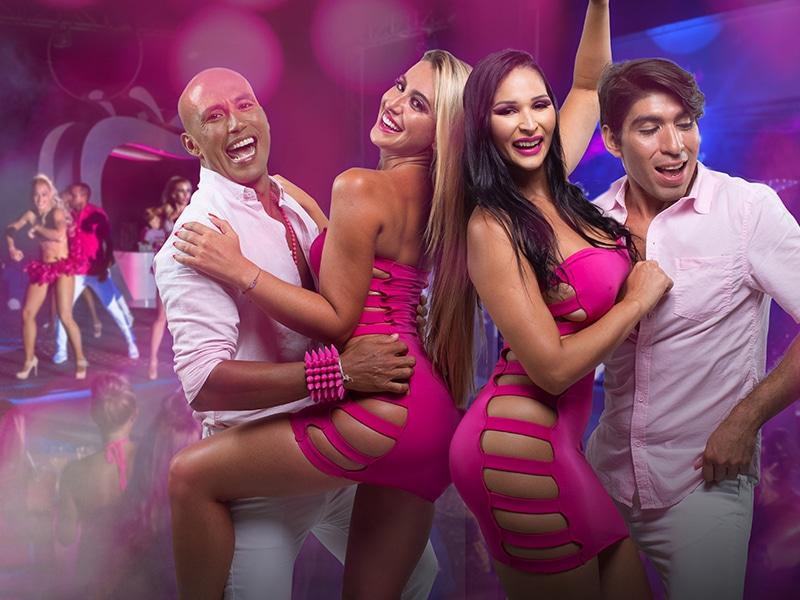 Temptation Cancun Resort | Pink It Up 2021 Theme Night