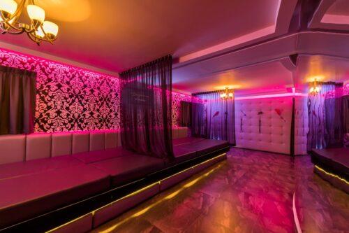 1-playroom-800x600